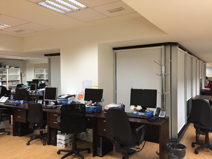 Cortinas Enrollables Polyscreen Oficina
