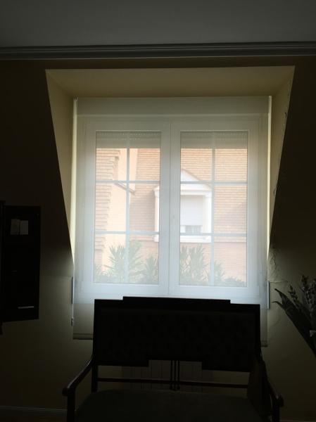 cortina enrollable Habitacion
